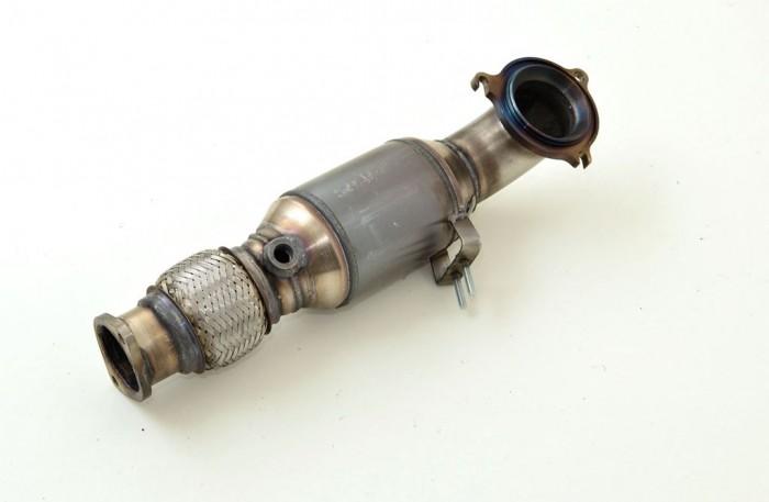Friedrich Motorsport 70mm Downpipe mit 200 Zellen HJS Sport-Kat.